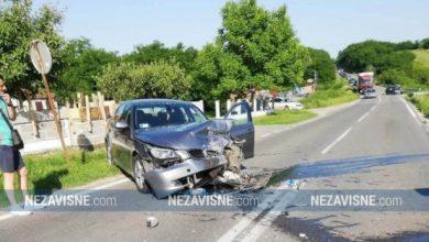 Sudar dva automobila, obustavljen saobraćaj Bijeljina-Brčko