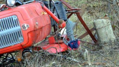 Poginuo u prevrtanju traktora